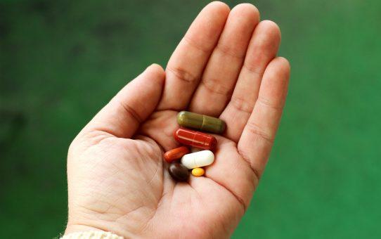 """Könnten """"umgewidmete"""" Medikamente helfen, die COVID-19-Pandemie zu beenden?"""